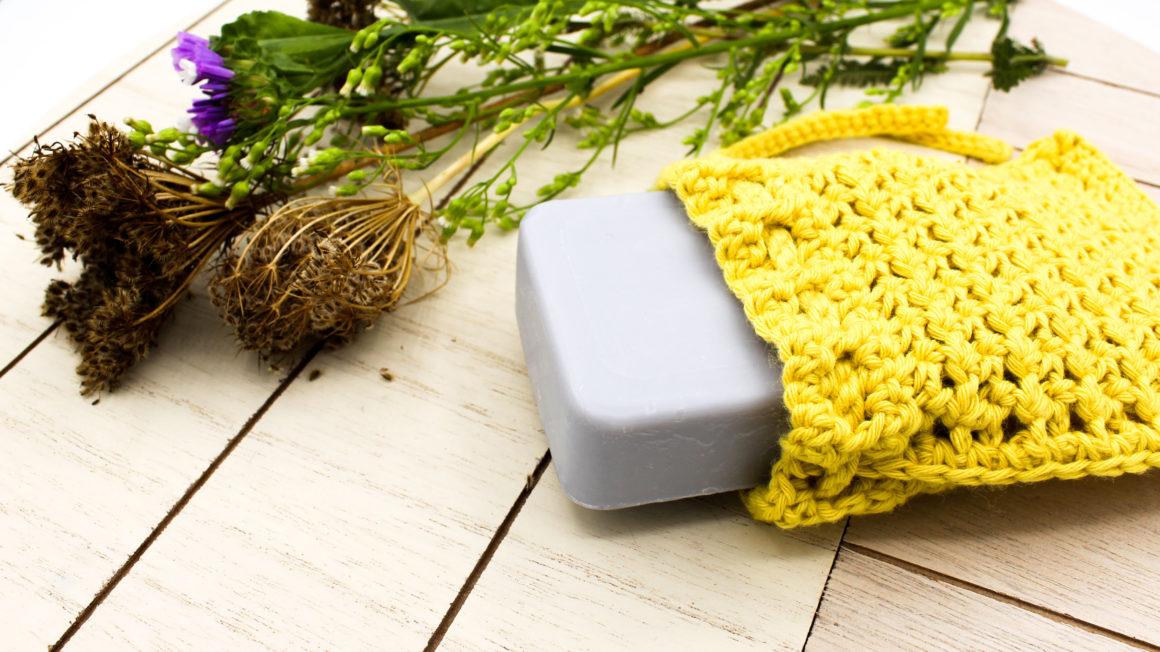 Cover Frau Line Häkelanleitung Seifensäckchen aus Biobaumwolle