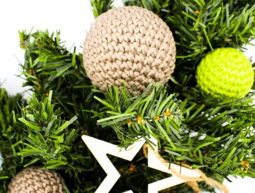 Cover Frau Line Kostenlose Häkelanleitung Weihnachtsbaumkugeln