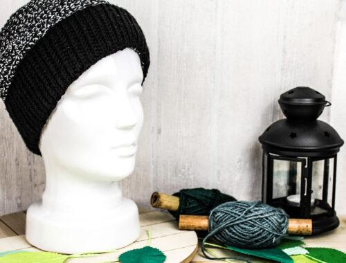Cover Frau Line Gratisanleitung gehäkelte Mütze mit Bündchen