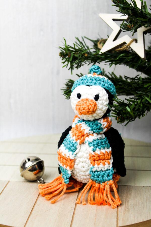 Frau Line Häkelanleitung Weihnachten Pinguin Amigurumi